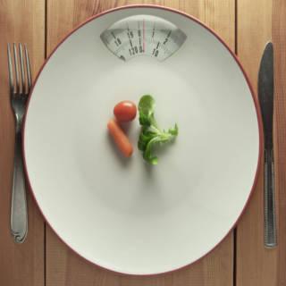 1021 Dieting Teenagers TN